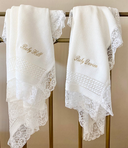 Lace edged Blanket in pure white
