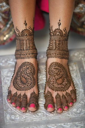 Henna on Feet