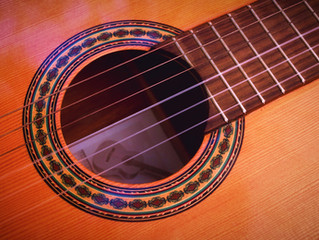 How To Buy Your First Acoustic Guitar