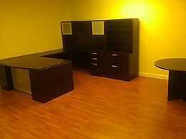 New office furniture. U shape desk unit option 1