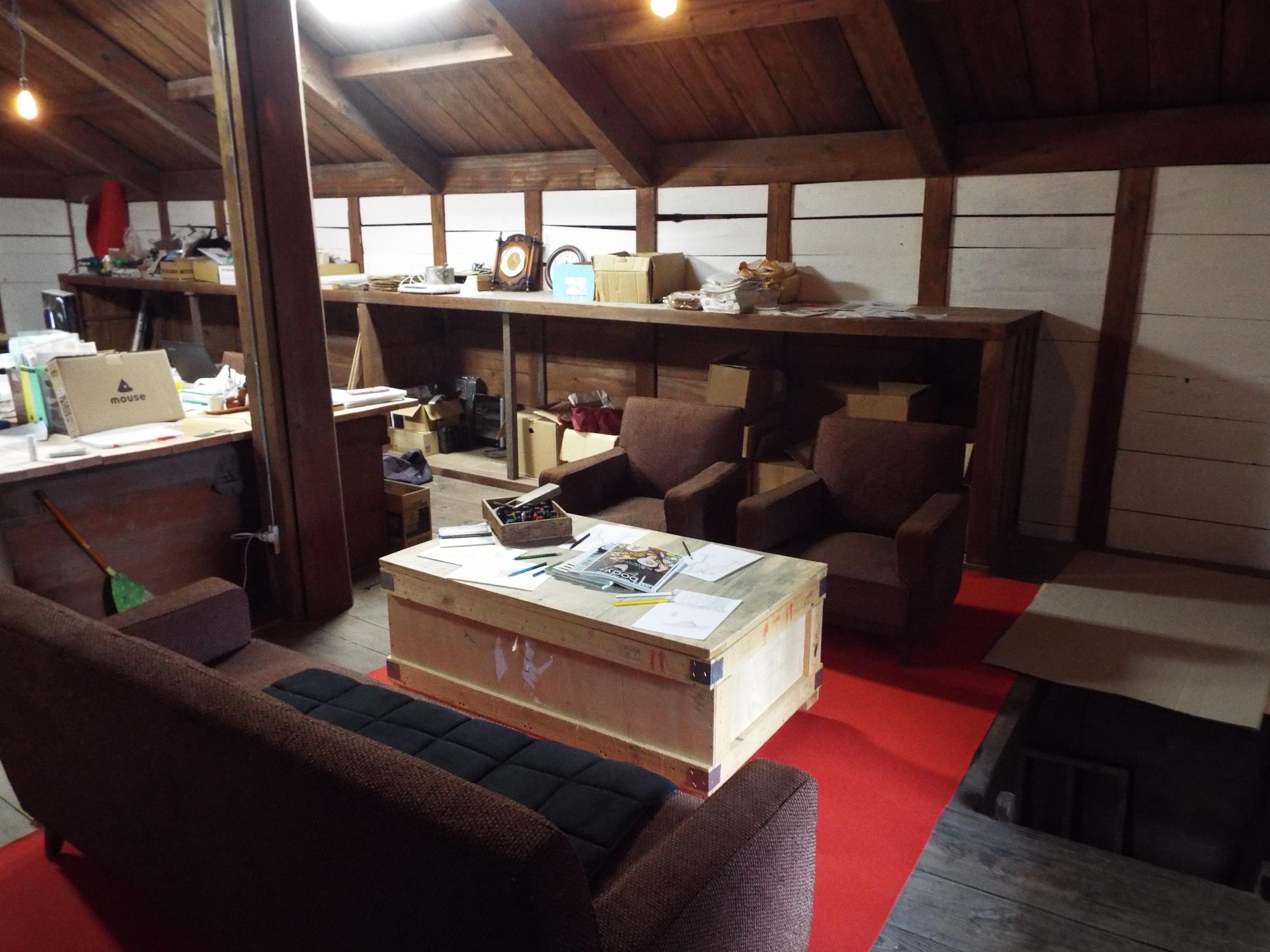 会議&メインイラスト製作スペース1