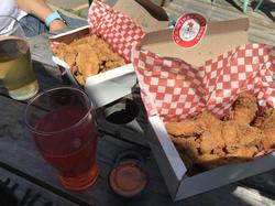 PJ Wings - Food Truck
