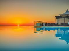 The Palace - Infinity Pool Sunrise - 3.jpg