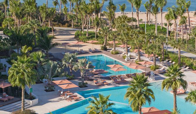 Caesars Palace Dubai - Neptune Pool 1_re