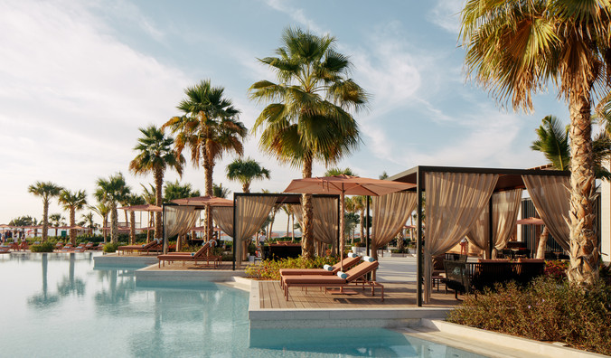 Caesars Palace Dubai - Neptune Pool Caba