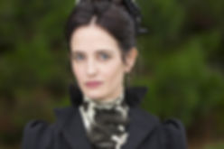 111 Penny-Dreadful-1-01-Vanessa-Ives-epi