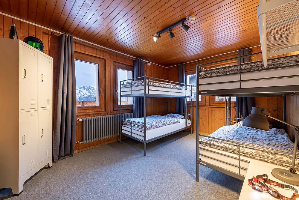 As always we also offer the lowest rates in the surrounding mountains in the Skier's Lodge shared accommodations. 40 CHF per night!