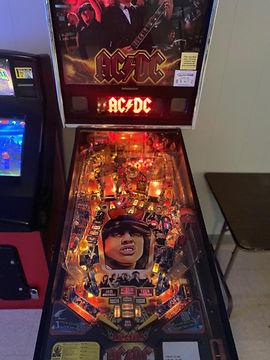 pinball machine.jfif
