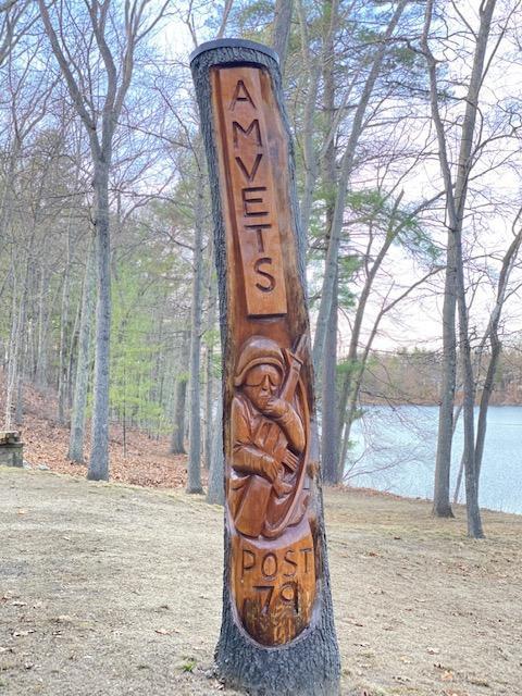 tree carving.jfif