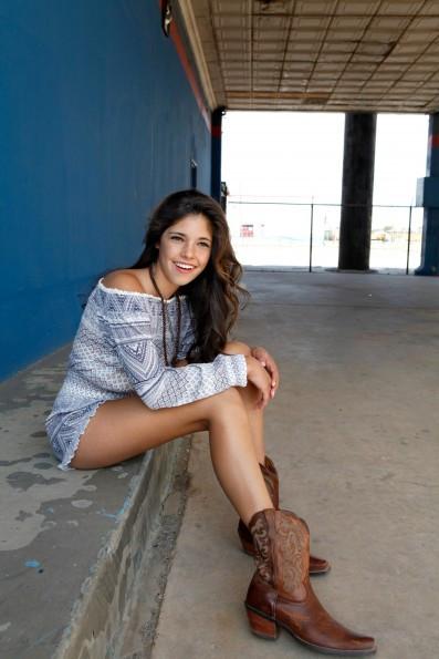 Lauren Melo