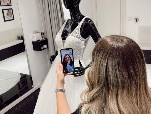 online adaptation in THE FASHION INDUSTRY - ROSA CLARÁ