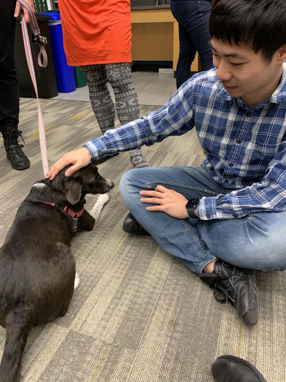 Qiyu with beer hour dog