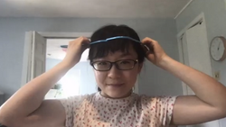 Shan demonstrates coathanger reflex