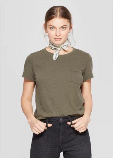 green crew neck t shirt