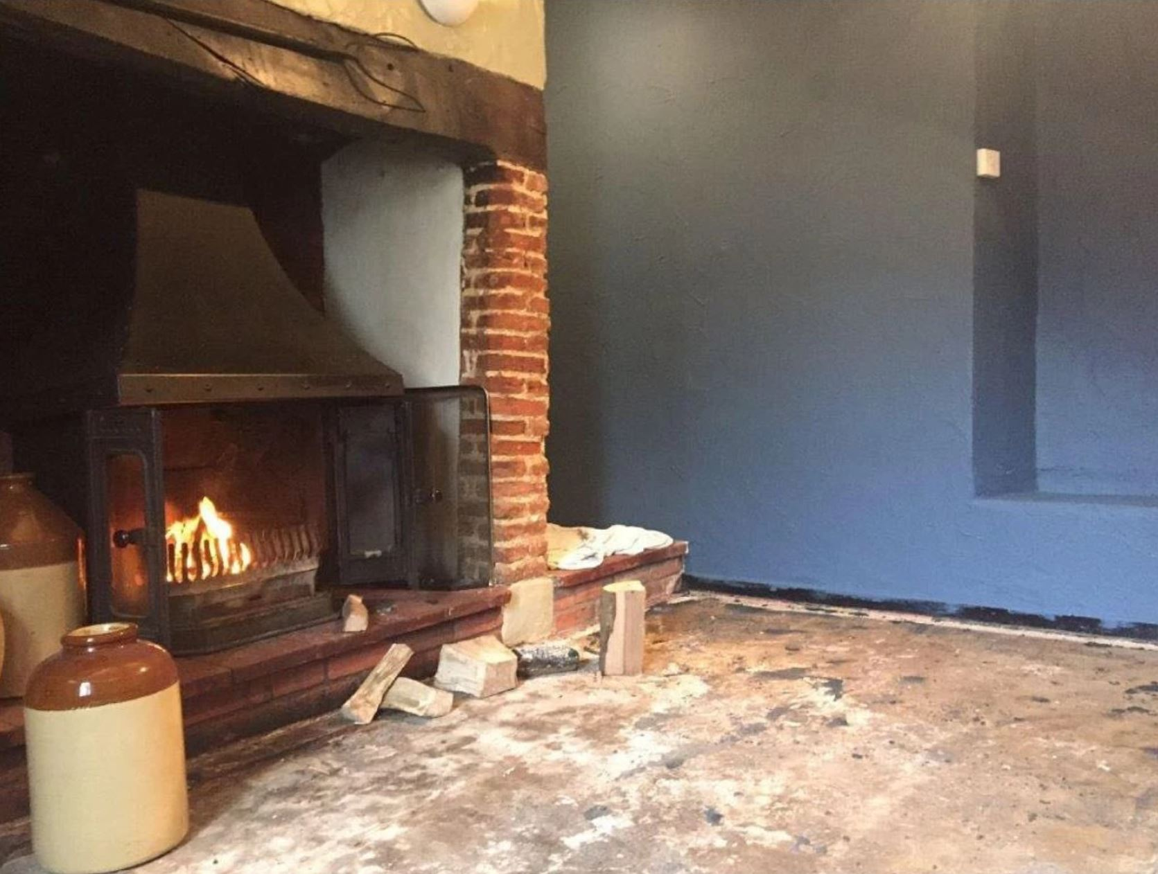 The Barsham Arms Fireplace