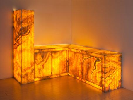 Retroilluminazione in marmo, must have dell'arredo di lusso.