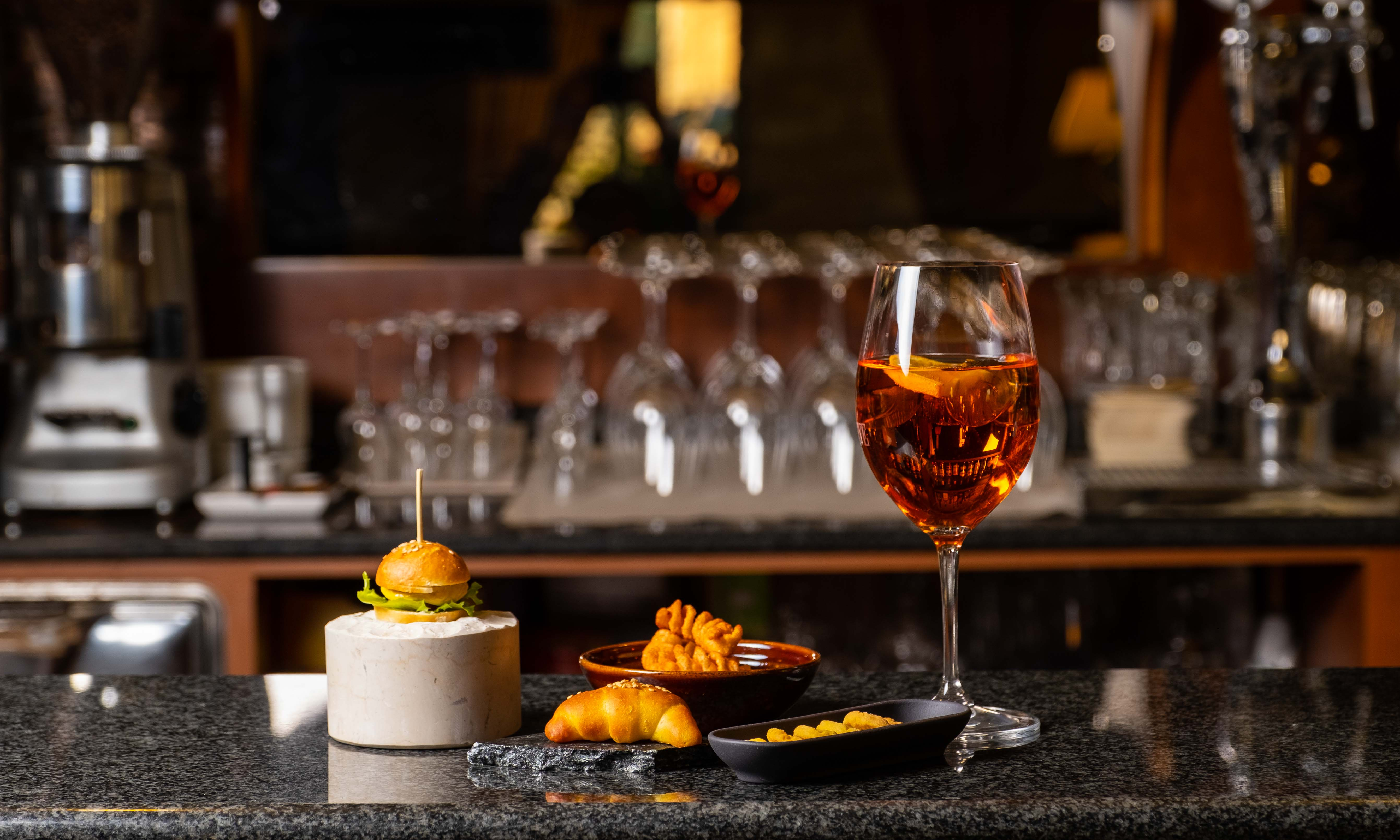 Bar alcolici analcolici aperitivo