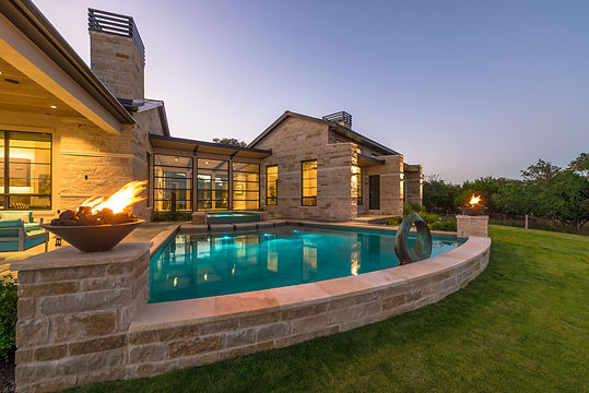 contemporary pool Boerne