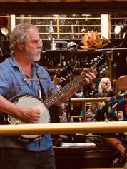 Kluane banjo