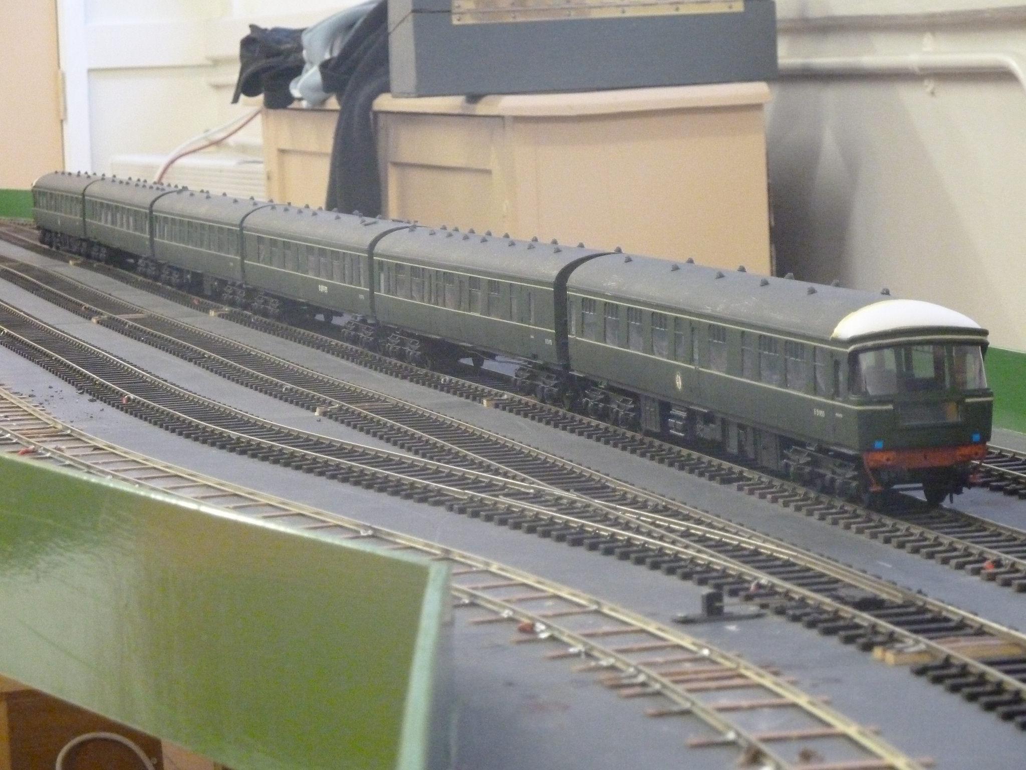 Class 124 6-car DMU