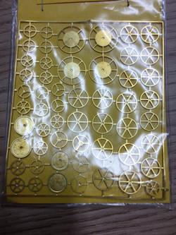 Various handwheel etch