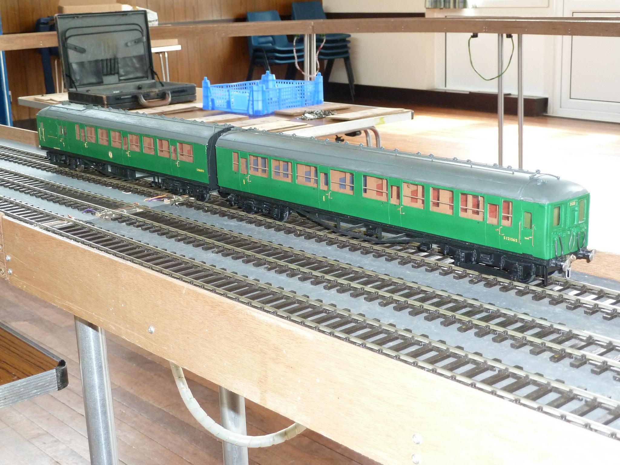 SR 2-BIL EMU