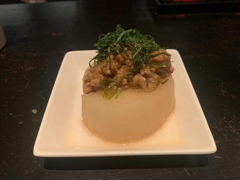 ⑪鶏肉味噌にんにくと大根の貝柱の出汁炊きあげ