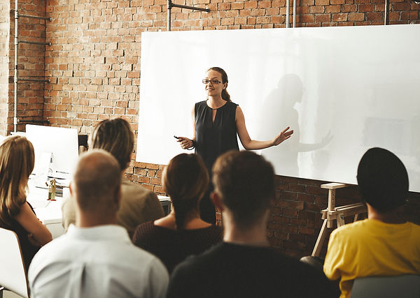 business-team-training-listening-meeting