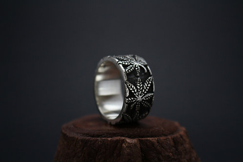 Happy Ring (made to order)