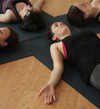 clases yoga para eventos barcelona