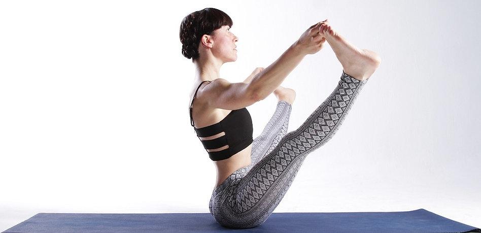 profesora de yoga barcelona