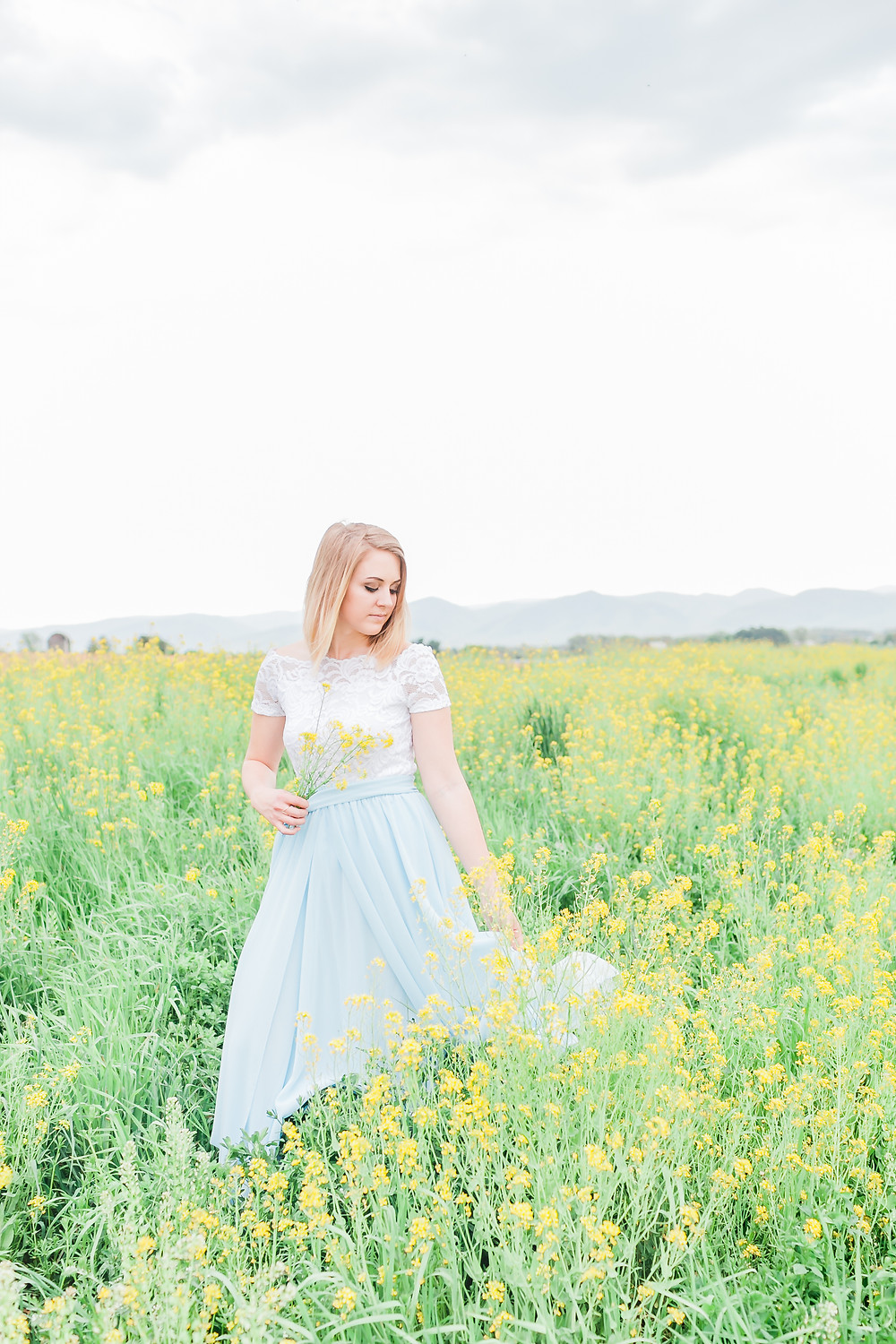 Yellow field portrait session 19
