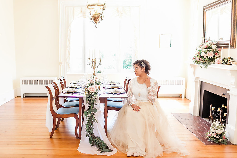 Champagne & blush styled shoot