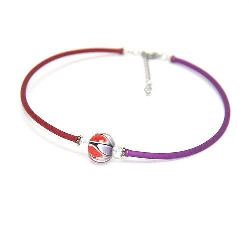 rouge foncé-violet