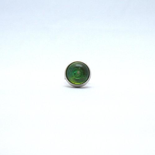 pression avec cabochon nuances de vert translucide