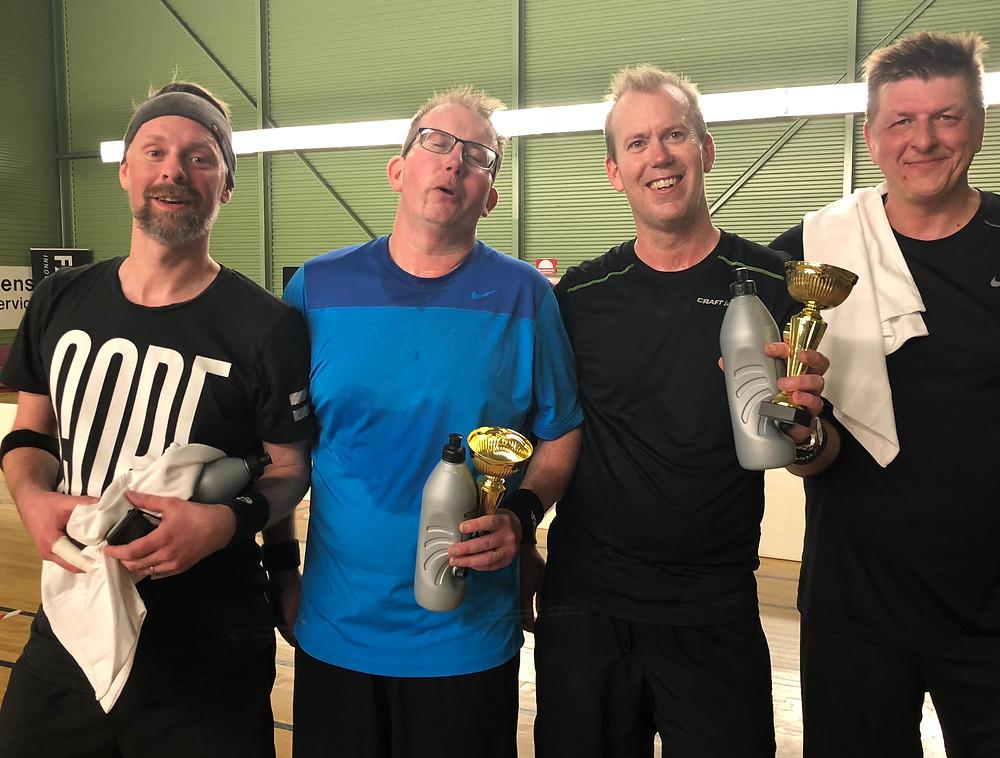 Lyckliga finalister i Sveriges första Pickleballturnering