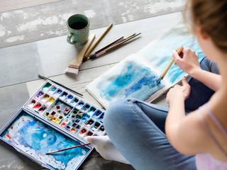 Arte terapia: sanar heridas interiores a través de la creatividad
