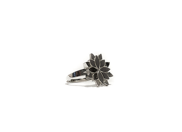 Lotus Flower Ring - Febe