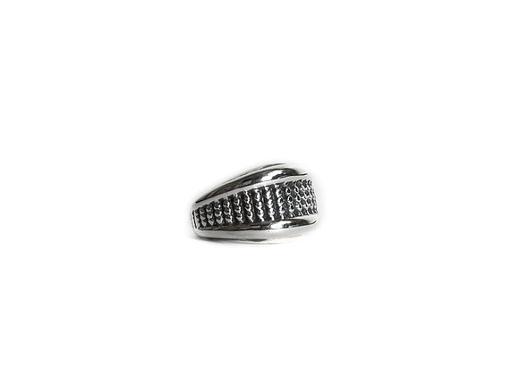 Dotted Banded Ring