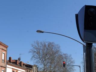 Nouveaux radars à double usage: feu rouge ET vitesse