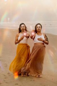 Auri & Annamay