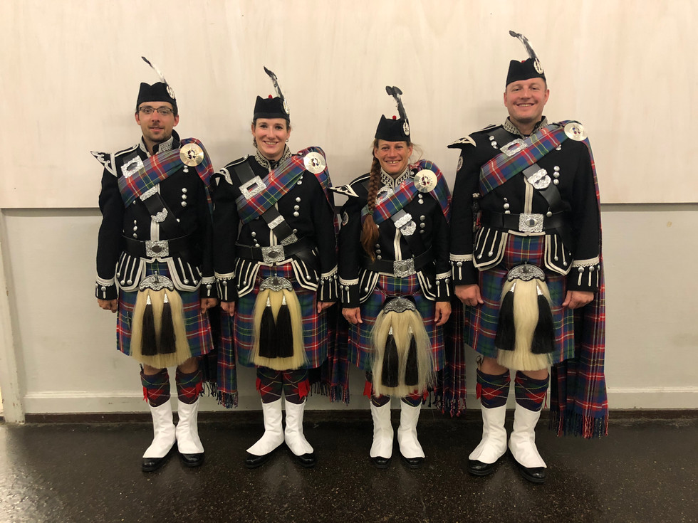 Pipers Swiss Highlanders