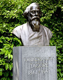 Rabindranath_Tagore's_bust_at_St_Stephen_Green_Park,_Dublin,_Ireland_edited.jpg