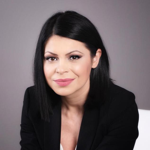 Madalina Samoila - Moderator