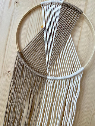 Wandbehang Valerie mit Holzring taupe von Knot on me