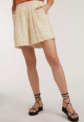 Weite Shorts aus Bio-Baumwolle in creme von ThokkThokk