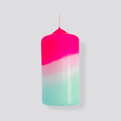 Stumpen Kerze Dip Dye Neon Peppermint Tower von Pink Stories