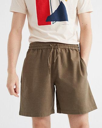 Shorts Henry in oliv von Thinking Mu