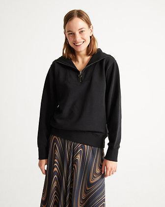 Oversized Sweater Rebeca in schwarz von Thinking Mu