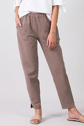 Pants Sarala in mokkabraun von EYD